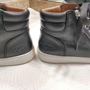 UGG Shoes - UGG Women's OLIVE SNEAKER